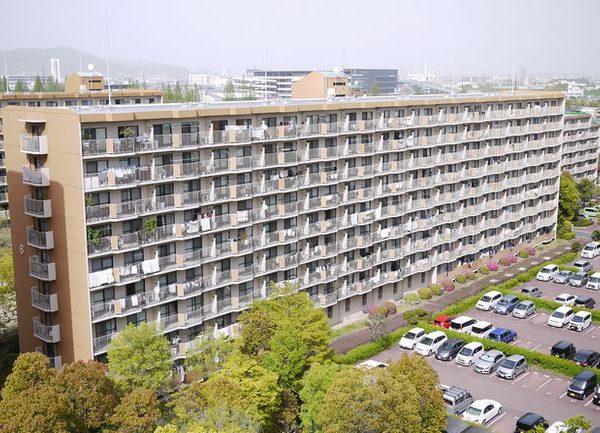 白川高層住宅6号棟